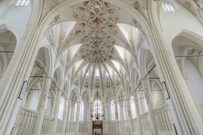 Plafond van de grote kerk in Harderwijk