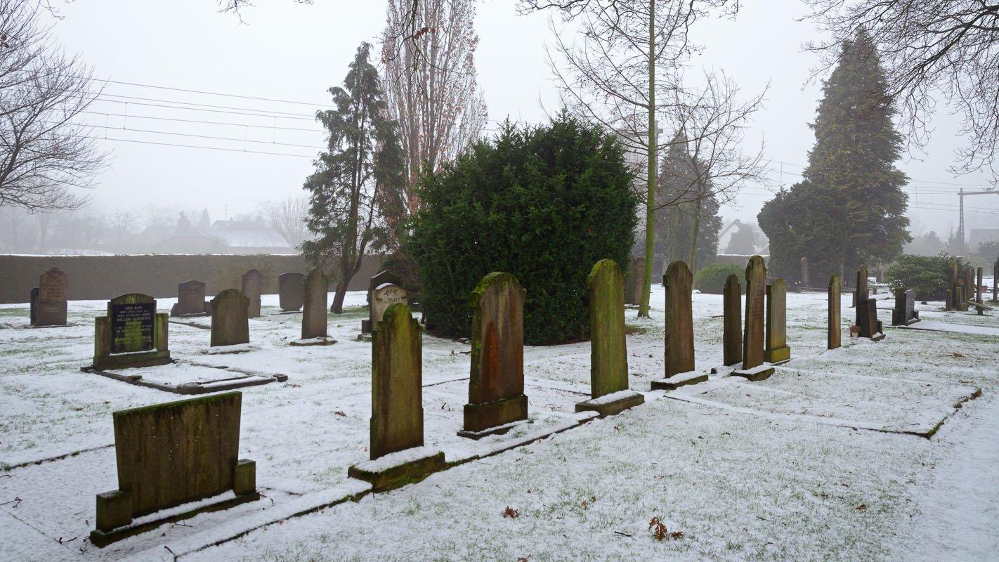 Begraafplaats in de sneeuw