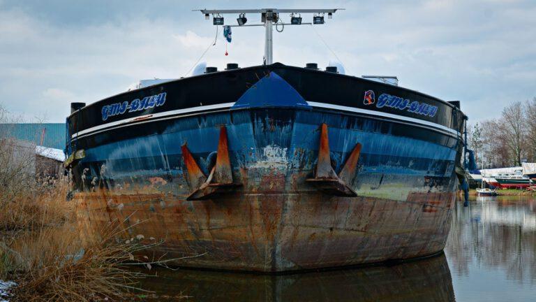 Schip in de haven van Deventer
