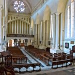 Interieur anglicaaanse kerk gebouwd na afschaffing van de slavernij