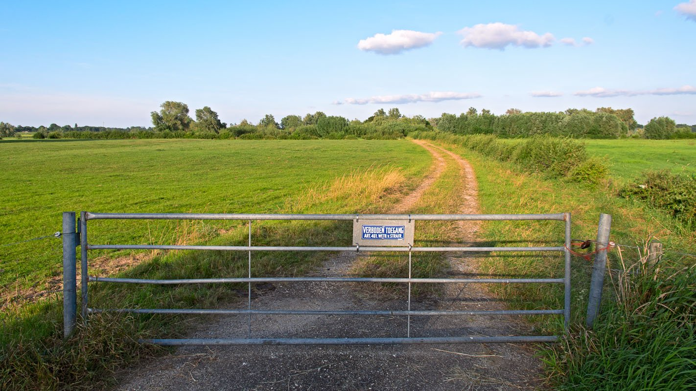 Verboden toegang: niet overal mag gewandeld worden.