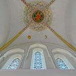 Naar boven kijken: plafondschildering van de toren van de Walbur