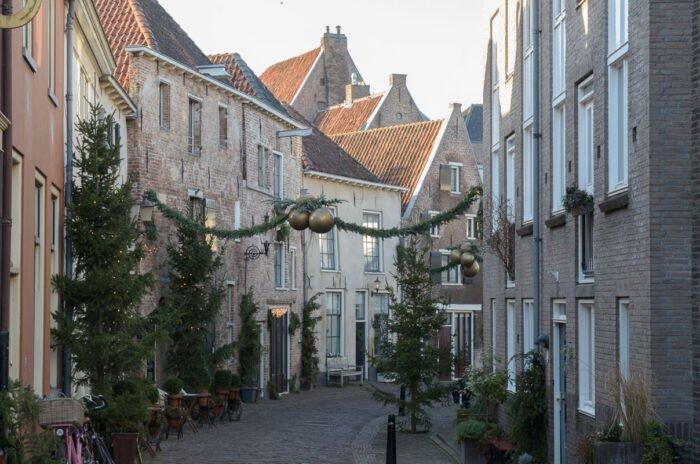 Kerstsfeer in de Roggestraat in Deventer