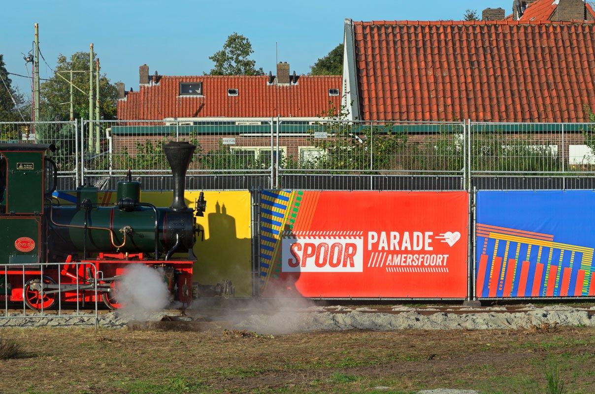 De spoorparade van 175 jaar spoorwegen