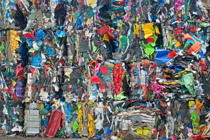 Balen van plastic voor recycling