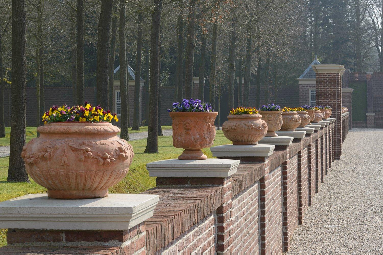 Focus stacking van een aantal bloempotten in de tuinen van Paleis het Loo